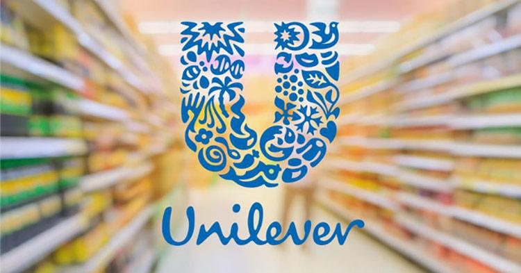 """Khác với nhiều thương vụ mua lại khác, khi """"ông chủ mới"""" nhanh chóng ập vào kiểm soát và thay máu hàng loạt vị trí lãnh đạo để giảm nguy cơ """"tạo phản"""", Unilever đã ra sức thuyết phục chủ sở hữu cũ cùng hàng loạt vị trí cấp cao ở lại để tiếp tục vận hành công ty."""