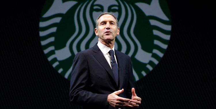 Ông Schultz - Chủ tịch và Giám đốc điều hành của Starbucks đang một lần nữa tái khẳng định giá trị thương hiệu.