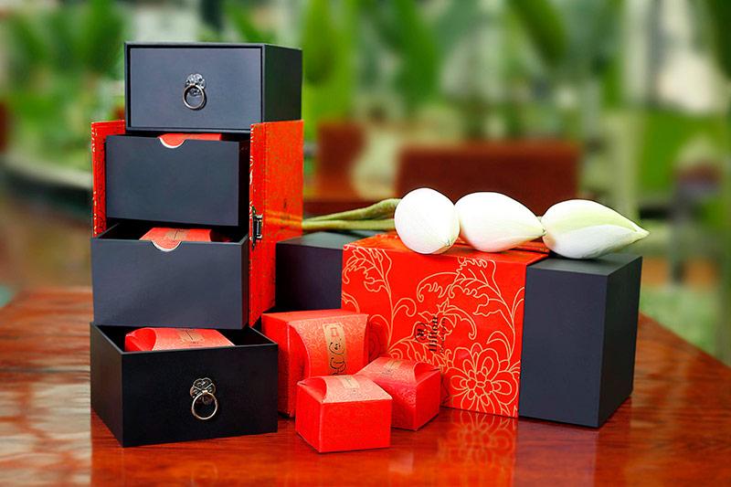 Vỏ hộp bao bì được thiết kế thẩm mỹ làm quà biếu tặng