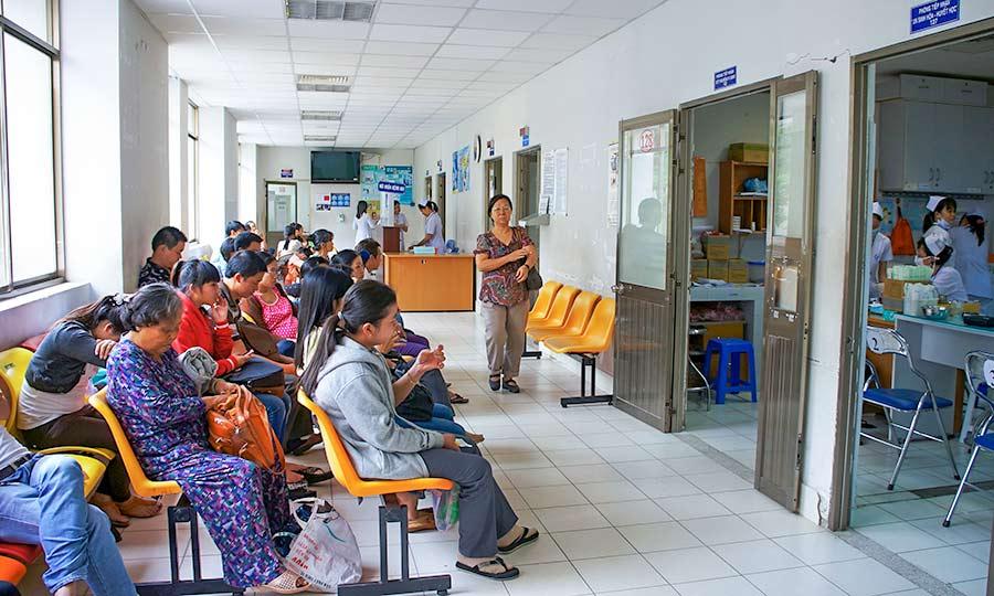 Nhân lực bệnh viện